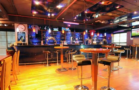 locker room bar the locker room sports bar lounge brunches dubai