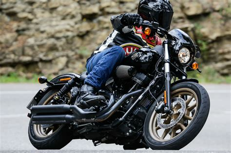 How To Ride A Harley Davidson For The Time by Ride Harley Davidson Roadster And Visordown
