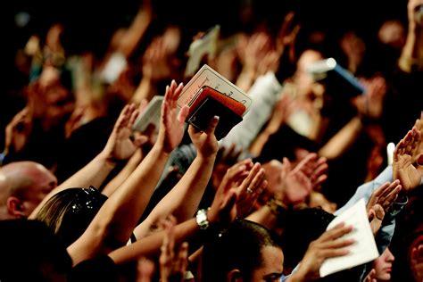 house of worship for christianity free photo bible worship christian free image on pixabay 1948778