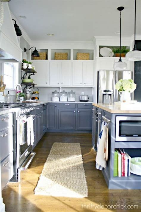 stylish two tone kitchen cabinets for your inspiration hative stylish two tone kitchen cabinets for your inspiration