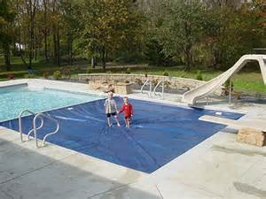 Average Size Backyard Pool Automatic Pool Covers All Safe Pool Fence Amp Covers