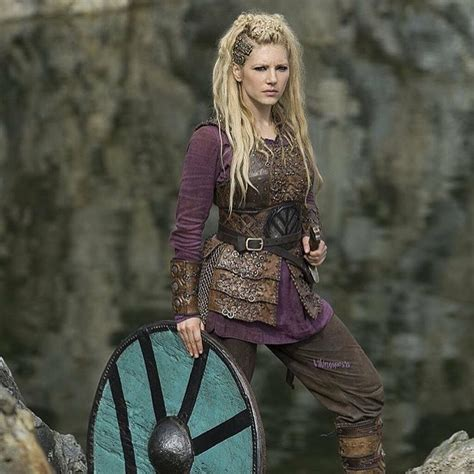 vikings hagatga hairdos vikings lagertha kathryn winnick like pinterest
