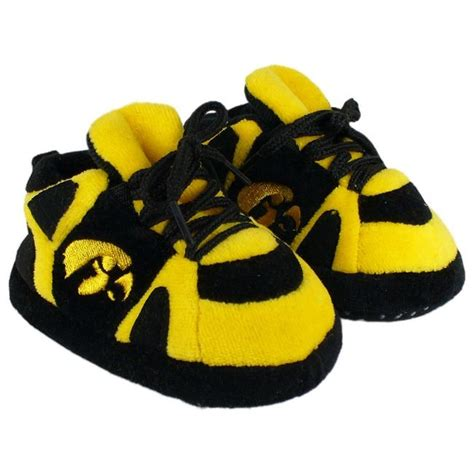 iowa hawkeye slippers 348 best images about iowa hawkeyes on infant