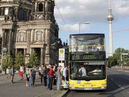Bahnhof Zoologischer Garten Berlin Fahrplan by Berlin Mit Dem 100er 1 Buslinie 100 H 228 Lt Am