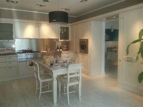 cucina a muro cucina scavolini scavolini modello grand relais okite