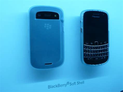 Soft Blackberry Dakota 9900 blackberry bold 9900 9930 cases and accessories crackberry