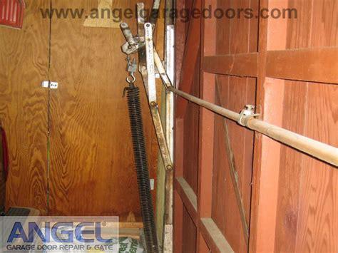 Tilt Up Garage Door Plans by Tilt Up Garage Door Parts Wageuzi