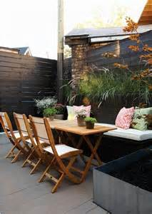 outdoor entertaining modern yard backyards