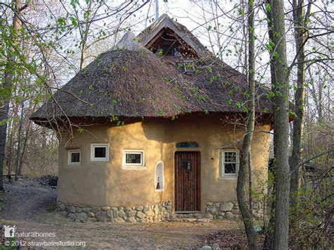 the beautiful thatched straw bale studio in oxford mi usa