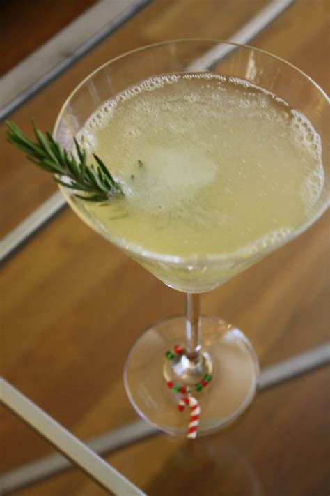 martini pear partridge in a pear tree holiday cocktail 1 189 oz pear vodka