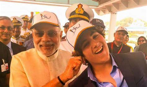 PM Narendra Modi meets Akshay Kumar's son Aarav Kumar at ...