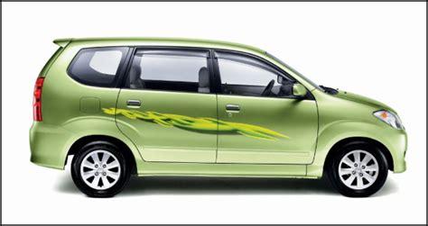 Lu Belakang Toyota Avanza 2010 may 2010 d i o m e d i a
