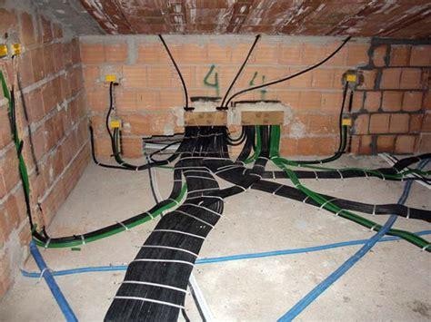 costo ristrutturazione completa appartamento rifacimento impianto elettrico bologna casalecchio di reno