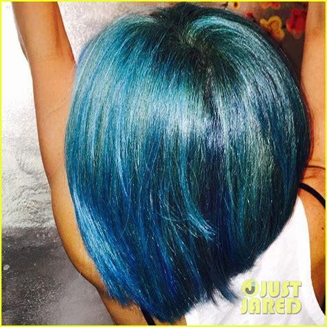 kelly ripa hair color 2015 kelly ripa debuts new bright blue hair color photo