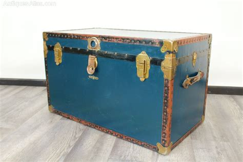 luggage trunks antiques atlas large vintage luggage trunk