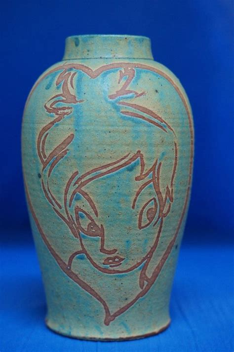 Disney Vase by Disney Auctions Jenchi Wu Tinker Bell In Le 50 Clay
