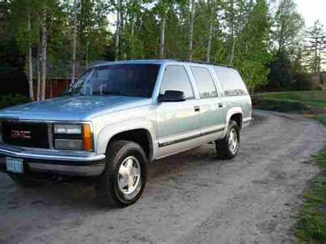 how to sell used cars 1993 gmc suburban 2500 spare parts catalogs purchase used 1993 gmc suburban 1500 sierra sl 4wd owned cream puff rust free nice in