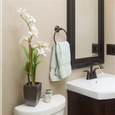 Bathroom Accessories Decorating Ideas bathroom decorating ideas for apartments