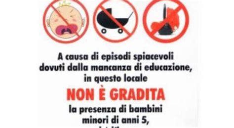 vietato l ingresso vietato l ingresso ai bambini cartello choc al