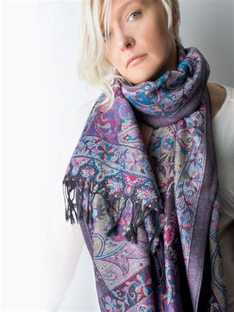 25 best ideas about pashmina scarf on