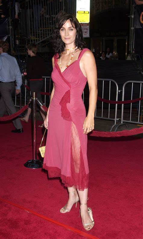 pin  aaashk anfas  stuff  buy carrie anne moss formal dresses carry