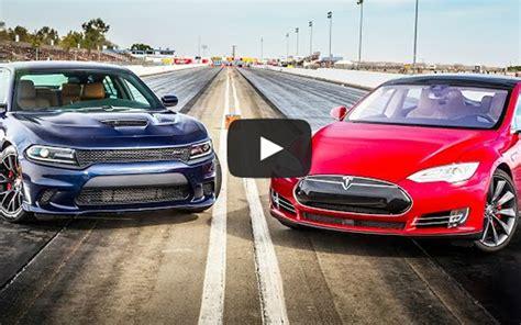 Hellcat Charger Vs Tesla by Dodge Charger Hellcat Versus Tesla Model S P85d 6speedonline