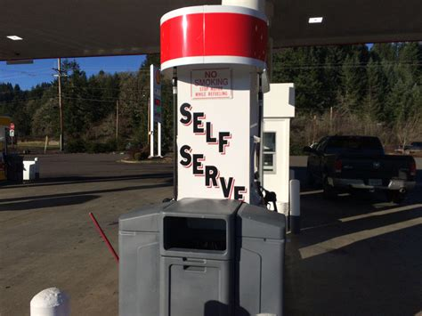 service oregon oregon will allow self service gas in limited circumstances nw news network