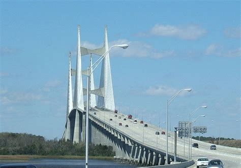 boat rs near skyway bridge napoleon bonaparte broward bridge crosses st johns river