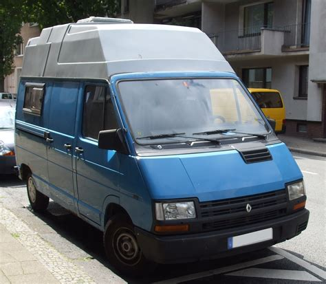 renault cars 1990 1990 renault trafic pictures information and specs
