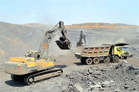 volvo ce excavator achieving gold standard  uptime  indian coal international mining