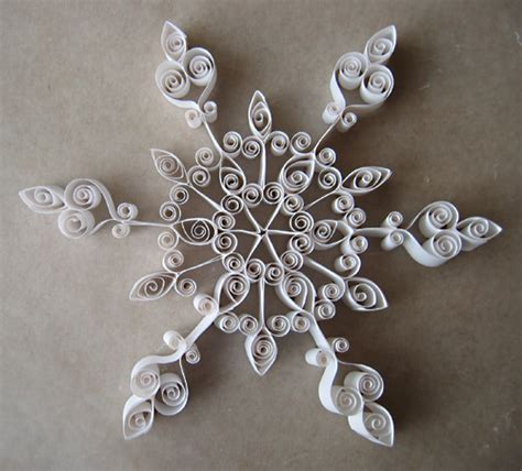 snowflake patterns quilling a quilled snowflake i love all the curliques on this one