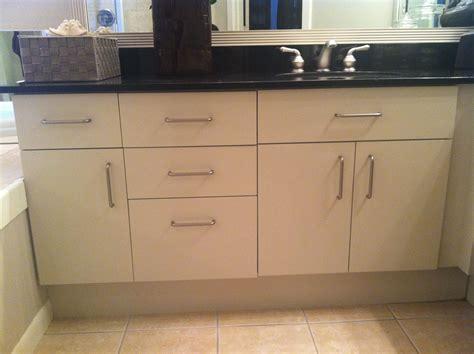 melamine cabinets i updated these melamine cabinets using rust oleum s cabinet restoration kit misc furniture