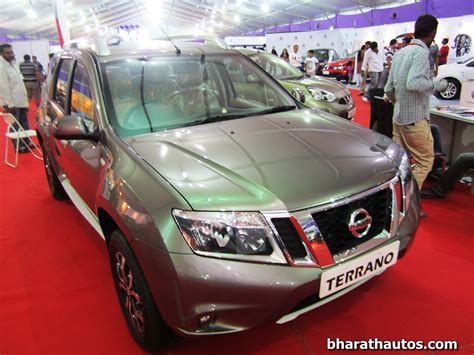 nissan terrano india nissan terrano launched in india at rs 9 58 lakh