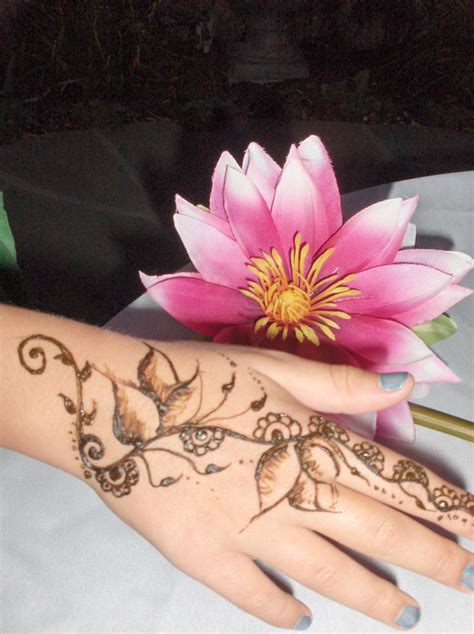 temporary tattoo with henna fresh design collections henna mehndi temporary