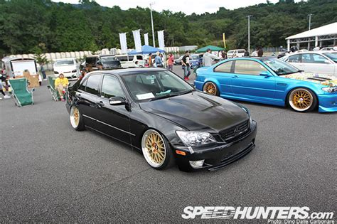 slammed lexus is300 toyota altezza lexus is300 slammed on gold bbs lm
