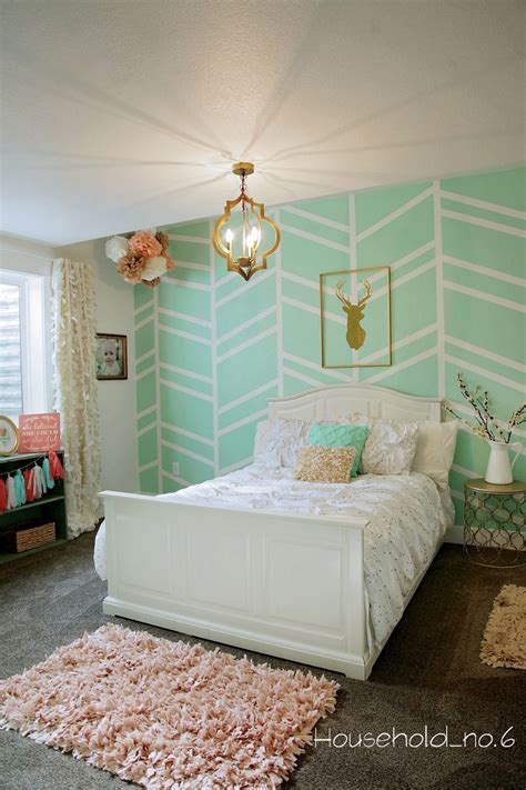 mint green bedroom 25 best ideas about herringbone wall on