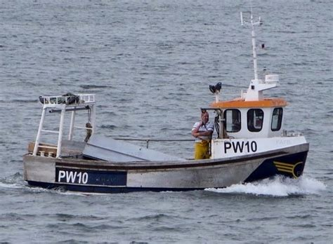 fishing boats for sale under 10 meters cygnus 21 scarborough fafb