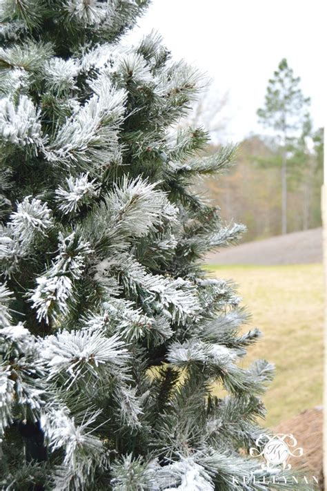 youtubecom snow for artificial christmas tree how to flock a tree trees trees and snow