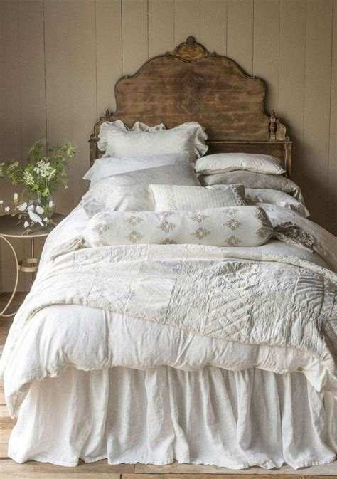 beautiful bed comforters 5 steps to a beautiful bedroom design dig this design