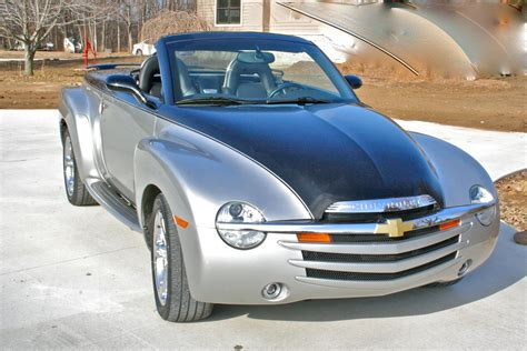 used 2006 chevrolet ssr for sale pricing features edmunds 2006 chevrolet ssr pictures cargurus