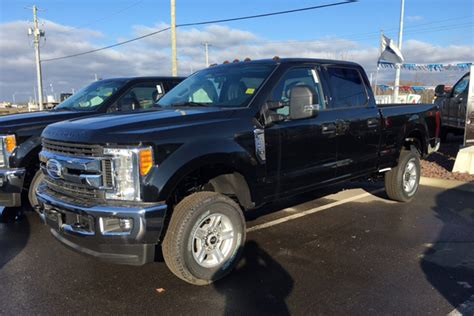ford truck dealership two trucks stolen from ford dealership in broad daylight