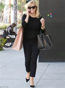 Reese Witherspoon Takes New Puppy Shopping by Reese Witherspoon Carries Antler In Handbag But