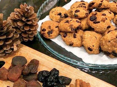 kuru meyveli kurabiye tarifi kuru meyveli kurabiye tarifi şekersiz kuru meyveli yulaflı kurabiye tarifi lezzet