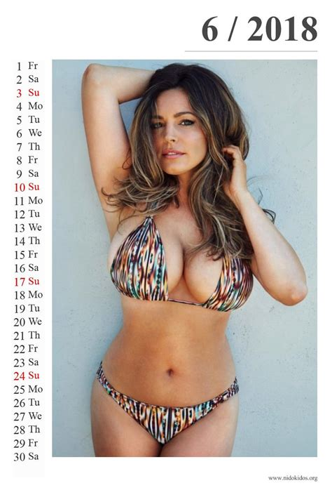 libro kelly brook official 2018 kelly brooks hottest calendar 2018 hot models calendar 2018 kelly brook hot and