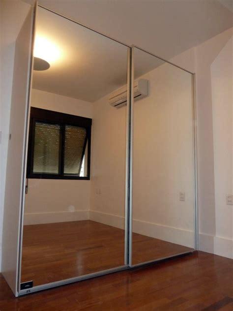 moderno guarda roupa planejado  porta de espelho