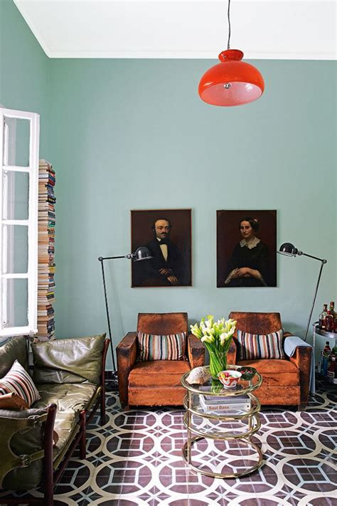 used home decor new trend old portraits of unfamiliar faces used as home