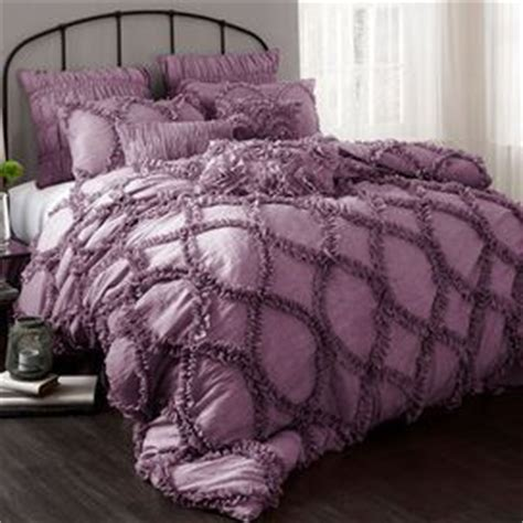 eggplant bedding 25 best ideas about purple comforter on pinterest plum