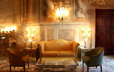 home design gold help baroque interior design