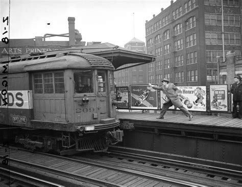 The Chicago L historic photos of the chicago l monovisions