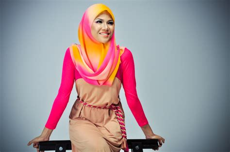 Dress Muslim Maxi Dress Wanita Zara Maxi muslim fashion trend april 2013